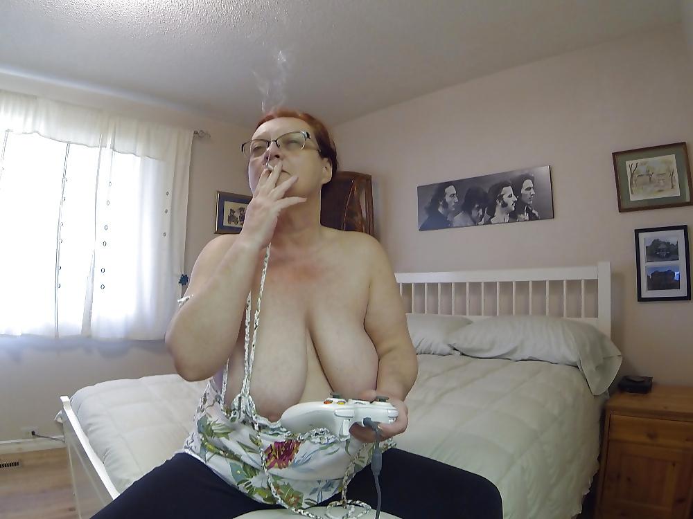 Fotos de mujeres sexy fumando 3