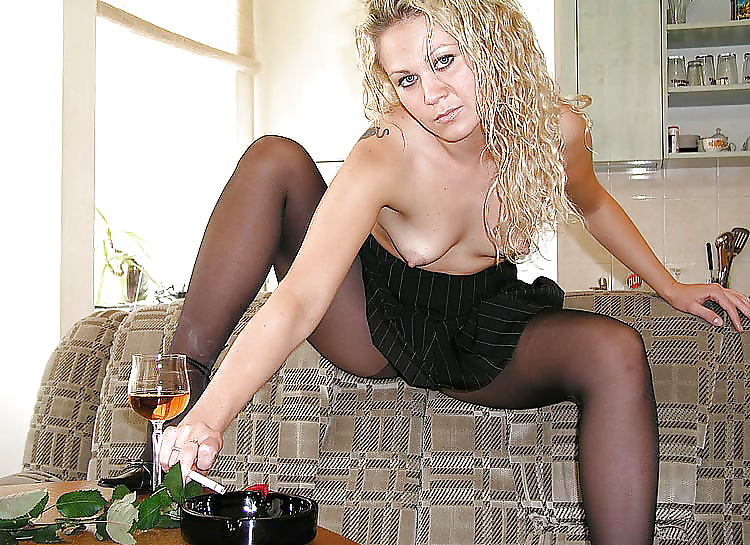 Fotos de mujeres sexy fumando 7
