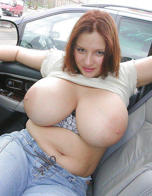 Preciosas mujeres con tetas gigantes