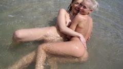Estas fotos de lesbianas son una puta locura