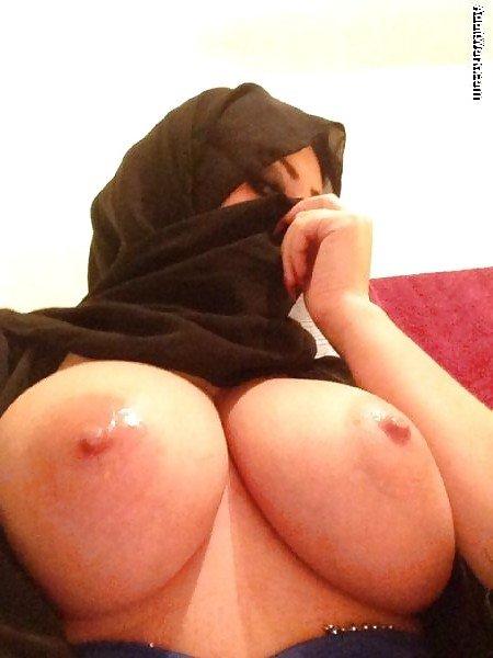 mujeres arabes tetonas