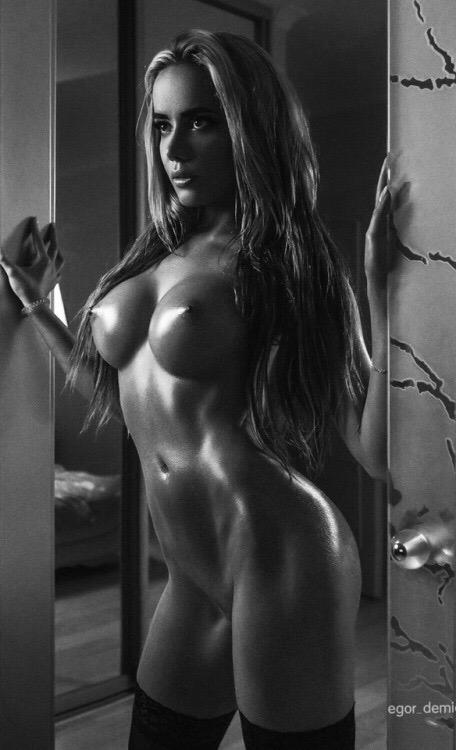 Sensuales Imagenes Porno en Blanco y Negro