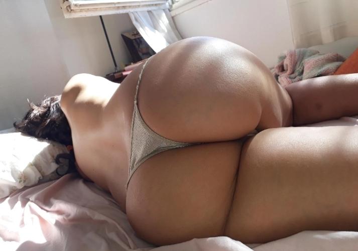 Alguna /o bisex para mí novia y para mí ?