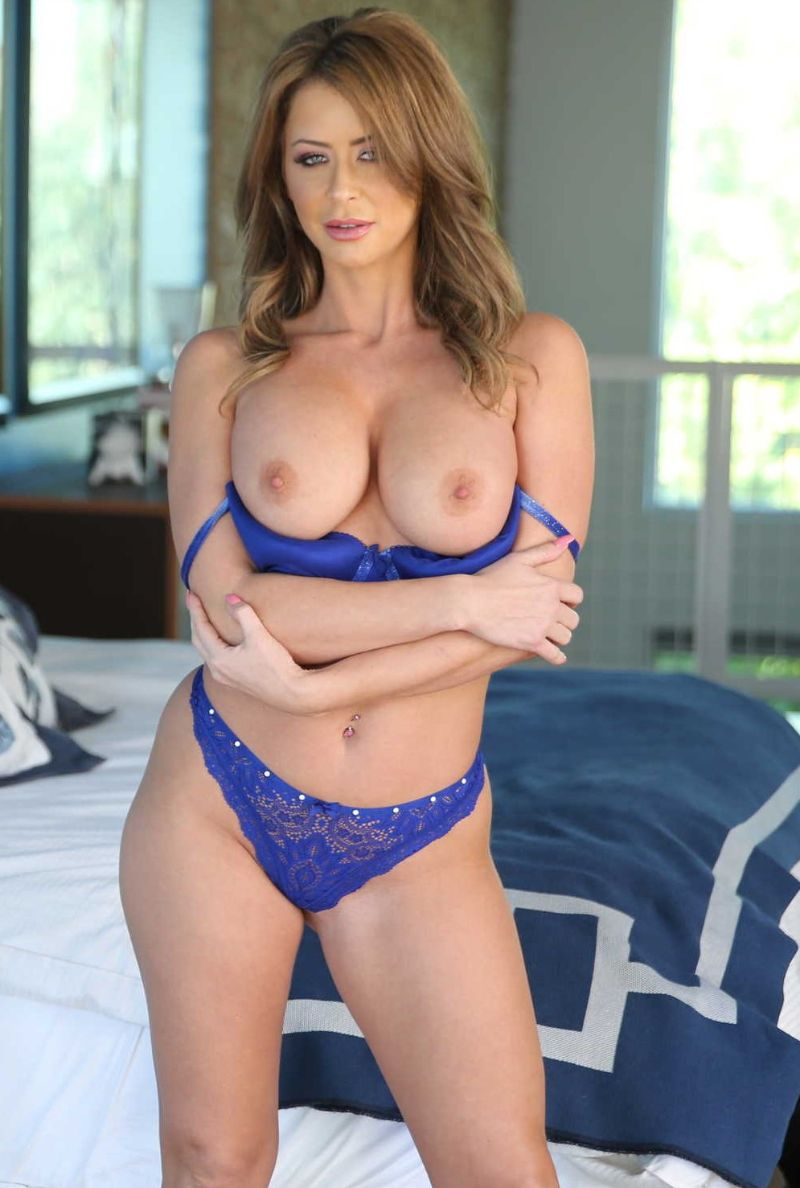 Emily Addison estrella porno maduras imagenes XXX 1